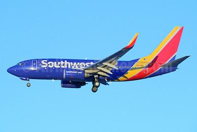 Southwest Airlines Boeing 737-76N WL N7718B (msn 32665) SJC (Michael B. Ing). Image: 930593.
