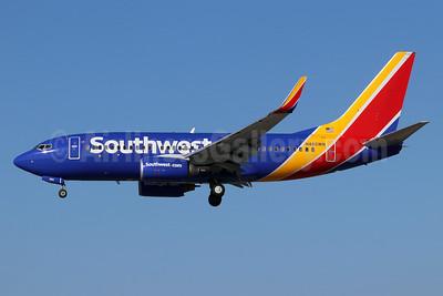 Southwest Airlines Boeing 737-7H4 WL N460WN (msn 32464) LGB (Michael B. Ing). Image: 948232.
