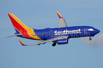 Southwest Airlines Boeing 737-73V WL N7839A (msn 30243) DCA (Jay Selman). Image: 403575.