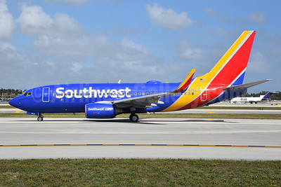 Southwest Airlines Boeing 737-7L9 WL N7830A (msn 28008) FLL (Bruce Drum). Image: 104618.