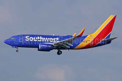 Southwest Airlines Boeing 737-7H4 WL N778SW (msn 27883) LAX (Michael B. Ing). Image: 936850.