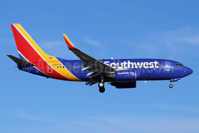 Southwest Airlines Boeing 737-7Q8 WL N7877H (msn 29359) SNA (Michael B. Ing). Image: 948239.