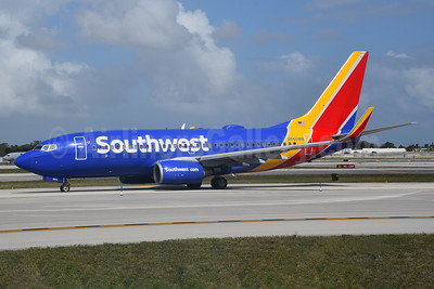 Southwest Airlines Boeing 737-790 WL N560WN (msn 30542) FLL (Bruce Drum). Image: 104611.
