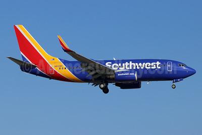 Southwest Airlines Boeing 737-7H4 WL N951WN (msn 36665) SNA (Michael B. Ing). Image: 948237.