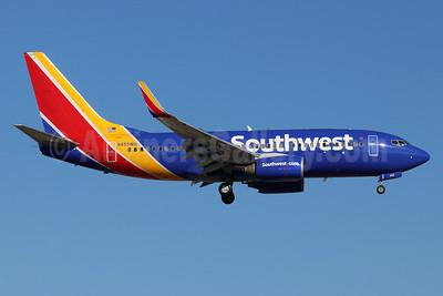 Southwest Airlines Boeing 737-7H4 WL N455WN (msn 32462) SNA (Michael B. Ing). Image: 948231.