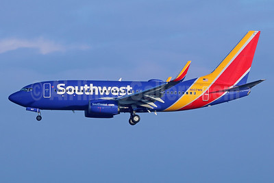 Southwest Airlines Boeing 737-7H4 WL N907WN (msn 36619) LAX (Michael B. Ing). Image: 936851.