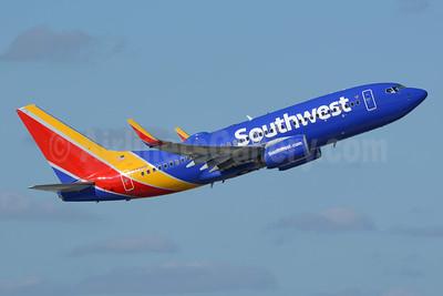 Southwest Airlines Boeing 737-79P WL N7826B (msn 30035) FLL (Richard Vandervord). Image: 955030.