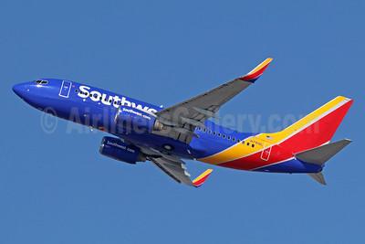 Southwest Airlines Boeing 737-76N WL N7818L (msn 28609) LAX (Michael B. Ing). Image: 935930.
