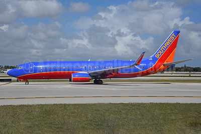 Southwest Airlines Boeing 737-8H4 SSWL N8647A (msn 42528) FLL (Bruce Drum). Image: 104761.