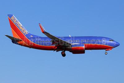 Southwest Airlines Boeing 737-7BD WL N7721E (msn 34479) SNA (Michael B. Ing). Image: 955036.