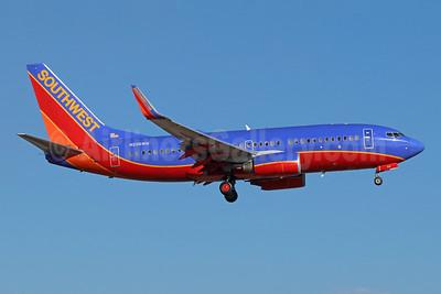Southwest Airlines Boeing 737-7H4 WL N236WN (msn 34631) SNA (Michael B. Ing). Image: 943103.