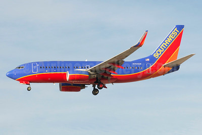 Southwest Airlines Boeing 737-7H4 WL N794SW (msn 30605) LAS (Bruce Drum). Image: 104564.