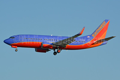 Southwest Airlines Boeing 737-3H4 WL N627SW (msn 27935) LAX (Jay Selman). Image: 403599.