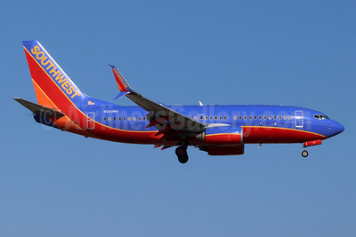 Southwest Airlines Boeing 737-7H4 SSWL N251WN (msn 32510) SNA (Michael B. Ing). Image: 955039.