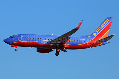 Southwest Airlines Boeing 737-7H4 WL N914WN (msn 36622) LAX (Michael B. Ing). Image: 939964.