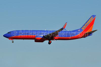 Southwest Airlines Boeing 737-8H4 SSWL N8628A (msn 42384) LAS (Ken Petersen). Image: 931851.