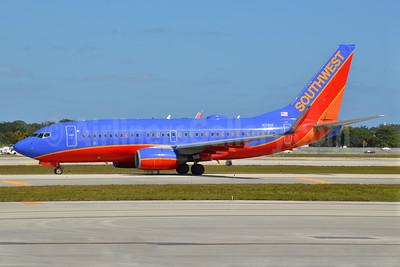 Southwest Airlines Boeing 737-76N WL N7811F (msn 28654) FLL (Bruce Drum). Image: 104566.