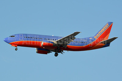 Southwest Airlines Boeing 737-3A4 N669SW (msn 23752) LAX (Jay Selman). Image: 403597.