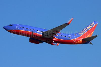Southwest Airlines Boeing 737-7H4 WL N716SW (msn 27850) ONT (Michael B. Ing). Image: 955050.