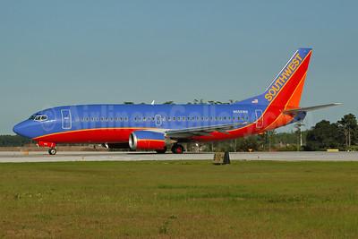 Southwest Airlines Boeing 737-3Y0 N665WN (msn 23497) MCO (Ton Jochems). Image: 955034.