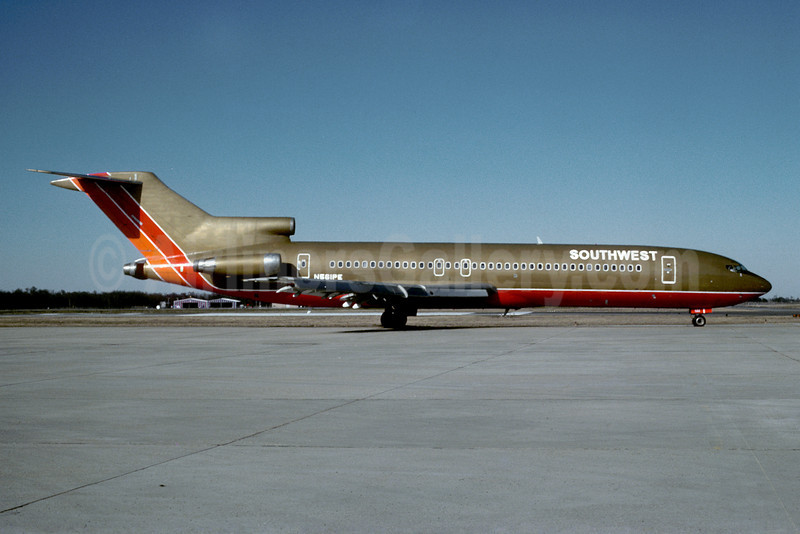 Southwest Airlines Boeing 727-227 N561PE (msn 21043) MSY (Keith Armes). Image: 908680.