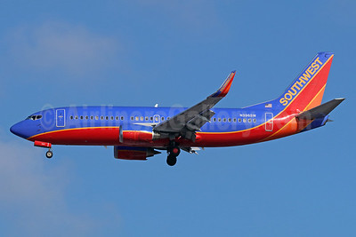Southwest Airlines Boeing 737-3H4 WL N396SW (msn 27690) LAX (Michael B. Ing). Image: 938823.