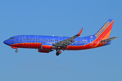 Southwest Airlines Boeing 737-3H4 WL N616SW (msn 27699) LAX (Michael B. Ing). Image: 938828.