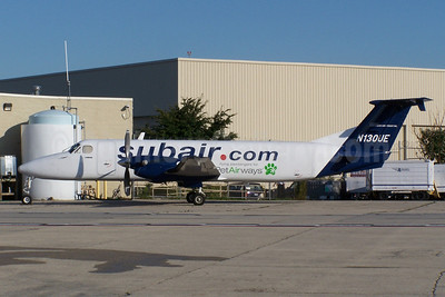 Suburban Air Freight (subair.com)-Pet Airways Beech (Raytheon) 1900C-1 N130UE (msn UC-130) MDW (Ron Kluk). Image: 907824.