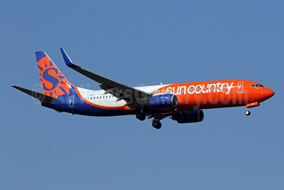 Sun Country Airlines Boeing 737-8KN WL N833SY (msn 40244) IAD (Brian McDonough). Image: 955004.