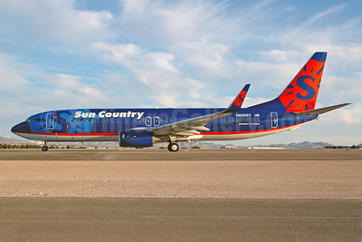 Sun Country Airlines Boeing 737-8BK WL N808SY (msn 33021) LAS (Royal S. King). Image: 900576.