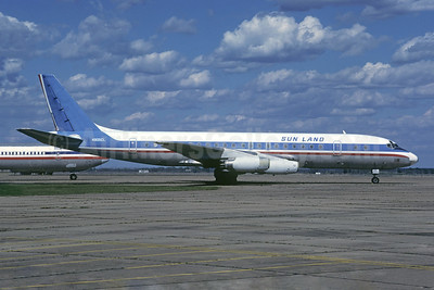 Sun Land Airlines McDonnell Douglas DC-8-31 N905CL (msn 45274) (Capitol colors) (Christian Volpati Collection). Image: 947244.
