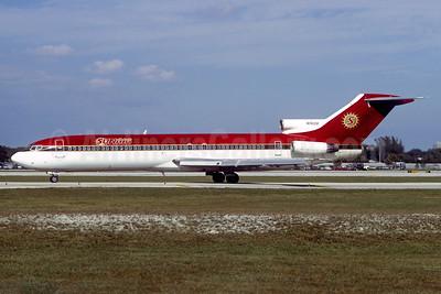 Sunair Boeing 727-231 N74318 (msn 20051) (UltrAir colors) FLL (Jay Selman). Image: 936623.