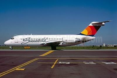 Sunworld International Airways (1st) Douglas DC-9-15 N2892Q (msn 45841) SJC (Thomas Livesey). Image: 921721.