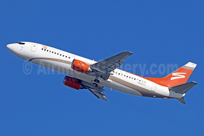 Swift Air (2nd) (USA) Boeing 737-4B7 N802TJ (msn 24874) LAX (Michael B. Ing). Image: 939662.