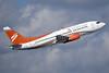 Swift Air (2nd) (USA) Boeing 737-3B7 N531AU (msn 24478) MIA (Bruce Drum). Image: 104310.