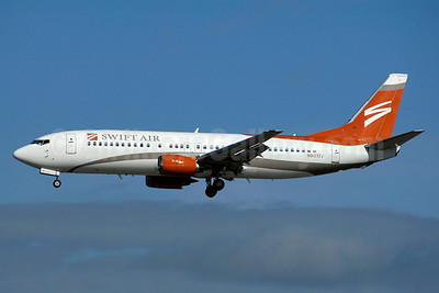 Swift Air (2nd) (USA) Boeing 737-4B7 N801TJ (msn 24892) YYZ (TMK Photography). Image: 933356.
