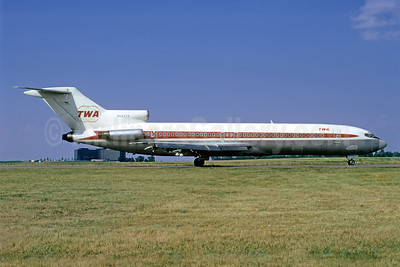 Original delivery color scheme for the TWA Boeing 727-200s