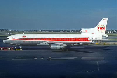 TWA (Trans World Airlines) Lockheed L-1011-385-1-15 TriStar 100 N81025 (msn 1098) BOS (Jacques Guillem Collection). Image: 923226.