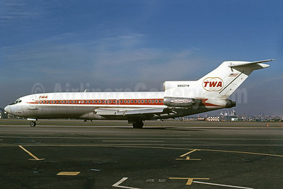 "Best Seller - TWA's ""StarStream 727"" at LaGuardia Airport"