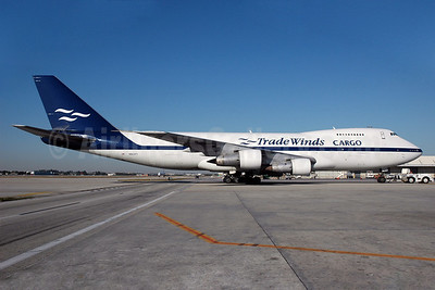 TradeWinds Airlines Cargo (2nd) Boeing 747-2U3B (SF) N923FT (msn 22769) MIA (Bruce Drum). Image: 100159.