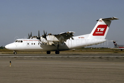 Trans World Express - TW Express de Havilland Canada DHC-7-102 N176RA (msn 76) JFK (Fred Freketic). Image: 945369.