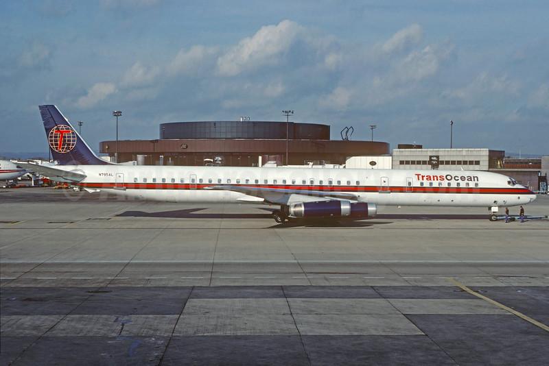 TransOcean Airways (2nd) McDonnell Douglas DC-8-63 N795AL (msn 46136) LGW (Christian Volpati Collection). Image: 929912.