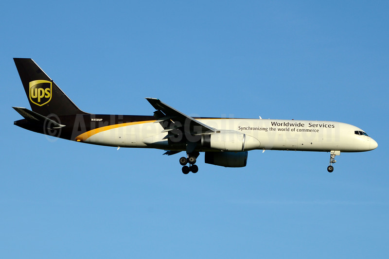 UPS Airlines (UPS-Worldwide Services) Boeing 757-24APF N458UP (msn 25479) JFK (Jay Selman). Image: 403478.