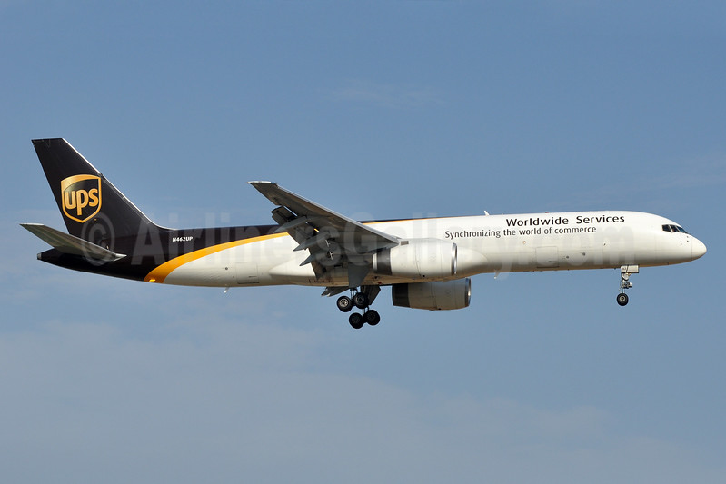 UPS Airlines (UPS-Worldwide Services) Boeing 757-24APF N462UP (msn 28266) SNA (Stephen Tornblom). Image: 936641.