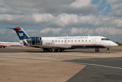 US Airways Express-Air Wisconsin Bombardier CRJ200 (CL-600-2B19) N438AW (msn 7748) LGA (Fred Freketic). Image: 949958.