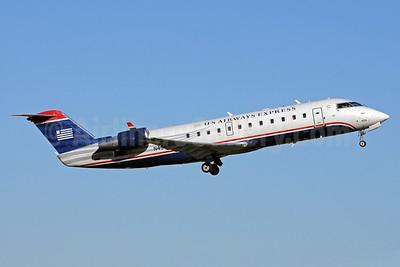 US Airways Express-Air Wisconsin Bombardier CRJ200 (CL-600-2B19) N459AW (msn 7863) CLT (Bruce Drum). Image: 103262.