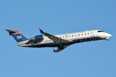 US Airways Express-Air Wisconsin Bombardier CRJ200 (CL-600-2B19) N435AW (msn 7724) CLT (Jay Selman). Image: 404030.
