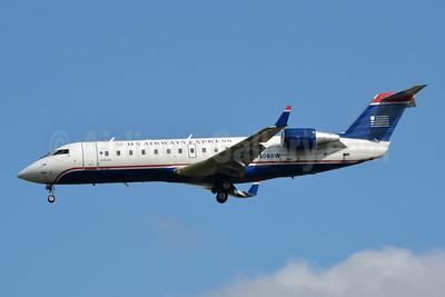 US Airways Express-Air Wisconsin Bombardier CRJ200 (CL-600-2B19) N406AW (msn 7402) CLT (Jay Selman). Image: 404027.