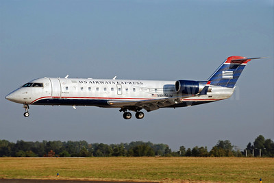 US Airways Express-Air Wisconsin Bombardier CRJ200 (CL-600-2B19) N460AW (msn 7867) CLT (Bruce Drum). Image: 101961.