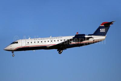 US Airways Express-Air Wisconsin Bombardier CRJ200 (CL-600-2B19) N430AW (msn 7719) CLT (Bruce Drum). Image: 103920.